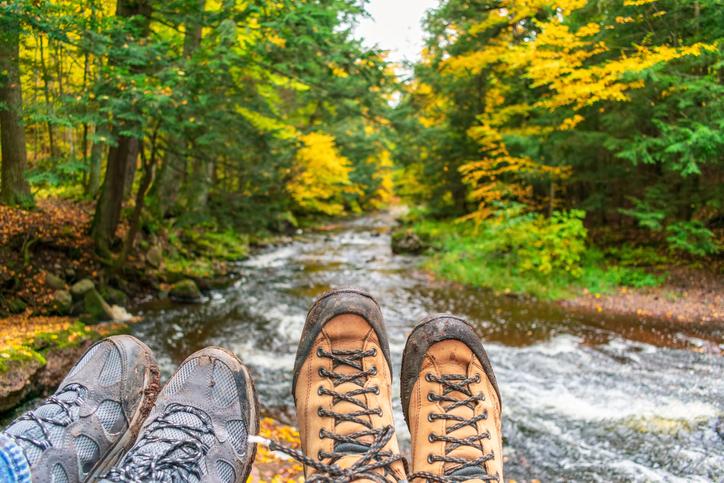 登山靴と川