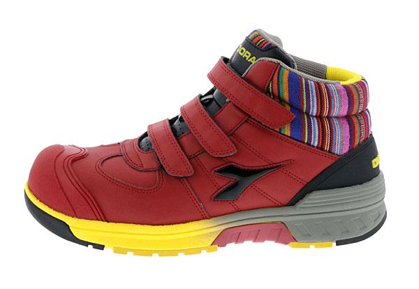 イタリア製の安全靴「ディアドラ」の新作5足とおすすめ2足をご紹介