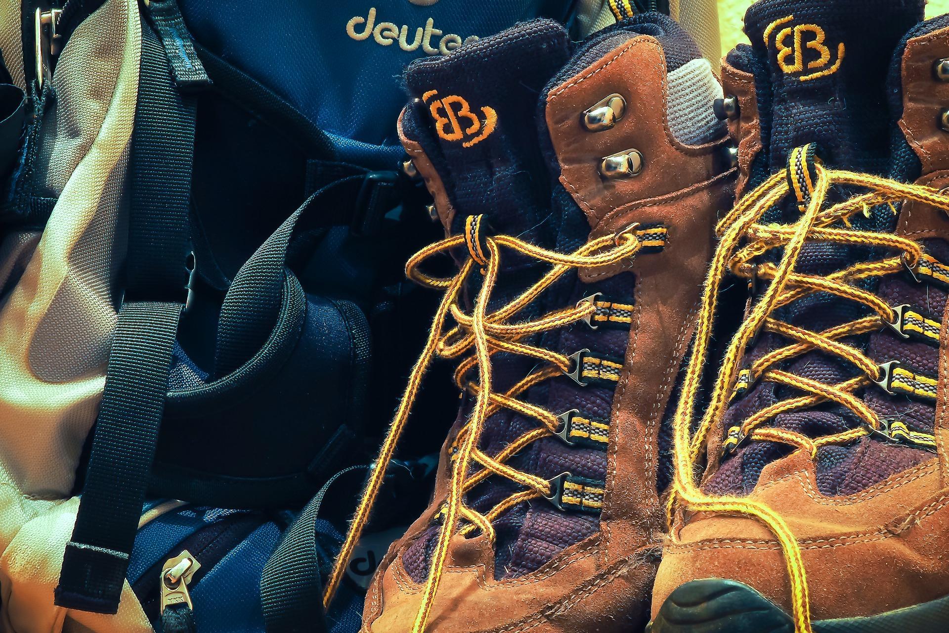 初心者におすすめ!ミドルカットで履きやすい登山靴を紹介