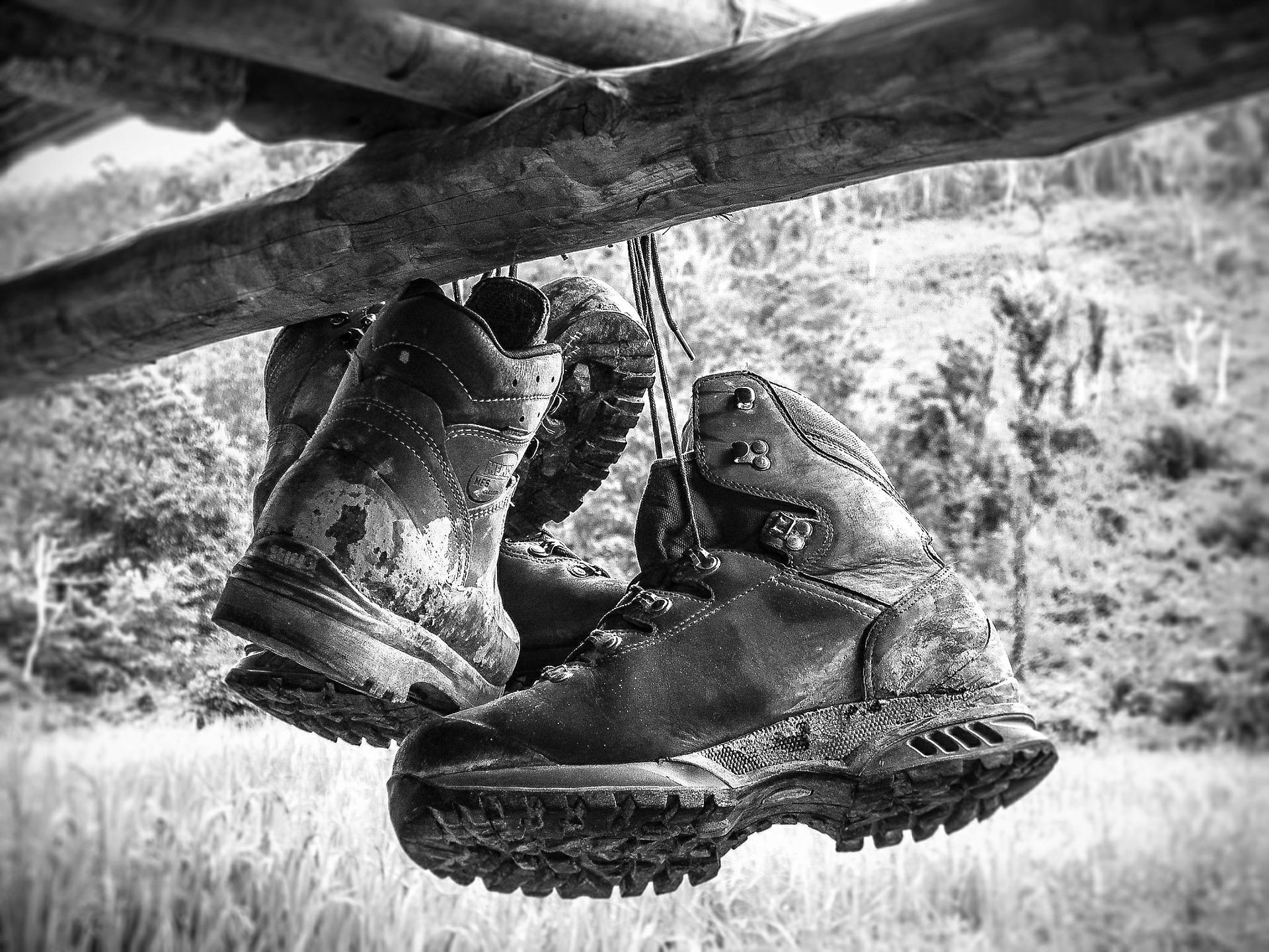 ドイツ生まれの登山靴ブランドのローバーは高品質で履き心地抜群