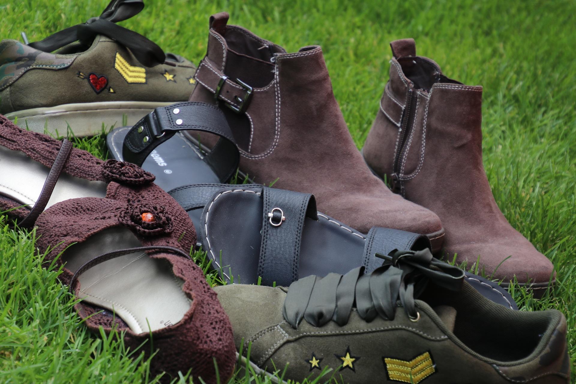 靴の素材ってどのようなものがある?天然皮革やスエードについて
