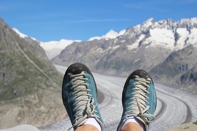 デザインがおしゃれなキーンの登山靴。おすすめ商品は?