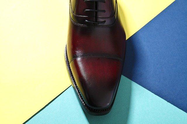 革靴で靴擦れを防ぐための対策はどのようにすればいいの?